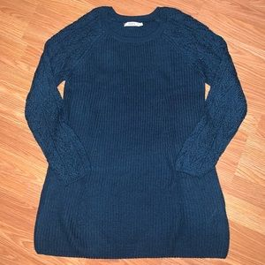 Ricki's knitted sweater